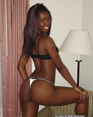 Sexy Black Babe Pictures