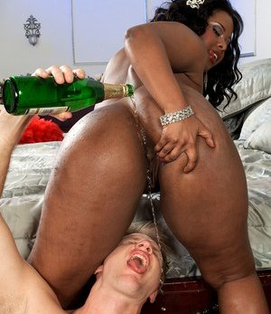 Wet Black Pussy Pictures